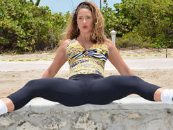 Jennifer Nicole Lee - Warming Up In Spandex At A Park in South Beach (6/14)