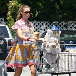 Ребекка Гэйхарт, фото 609. Rebecca Gayheart - Shopping LA - 30/07/11, foto 609