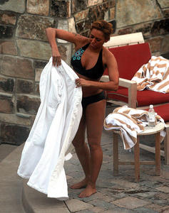 Мелани Браун, фото 9. Melanie Brown Bikini in Park City Utah - January 18, 2011, photo 9