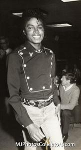 1983 Thriller Certified Platinum Th_947844397_med_gallery_8_119_179711_122_466lo